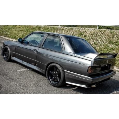Bodykit M3 της ETS για BMW E30